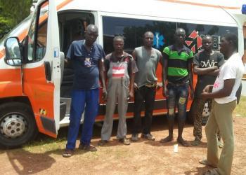 Missionland gives away an ambulance to the Ouagadugou hospital in Burkina Faso