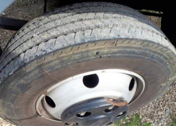 2 Pirelli FR85 tires size 205/75 r 17.5